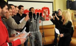 Овечкин, Малкин, Буре и другие спели песню перед Сочи-2014 (видео)