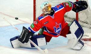 Наш ответ НХЛ. Отличный сэйв Проскурякова в матче ЦСКА-СКА (видео)