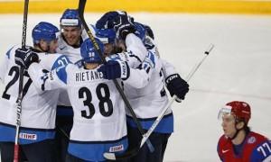 Российская сборная проиграла финнам в Сочи на Евротуре