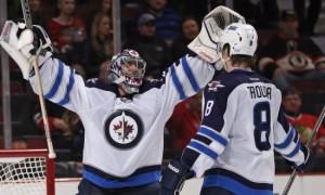 «Чикаго» уступил «Виннипегу» и другие результаты игрового дня в НХЛ