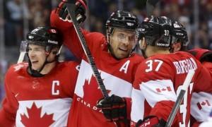 Канада выигрывает у США со счетом 1:0 после первого периода
