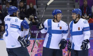 Финляндия завоевала бронзу на хоккейном олимпийском турнире