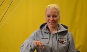 Вратарь женской сборной Суоми заключила контракт с мужской командой