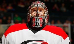 Пять сэйвов НХЛ, потрясших нас в последние дни