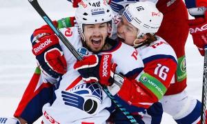 «Локомотив» обыграл СКА во втором матче четвертьфинала Кубка Гагарина