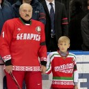 По мнению Лукашенко доходы хоккеистов не соответствуют их отдаче