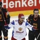Ковальчук в одиночку переигрывает немцев