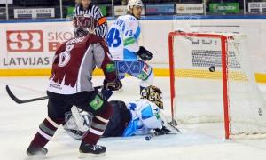 Динамо Рига впечатляюще начинает полуфинальную серию Кубка Надежды