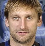 Николай Хабибулин следит за КХЛ