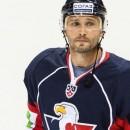 КХЛ запрещает Вишневски играть за «Слован»