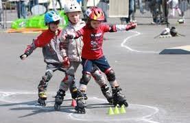 Роликовые коньки — веселое и активное детство