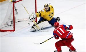 Россия в зрелищном полуфинале одолела сборную Швеции