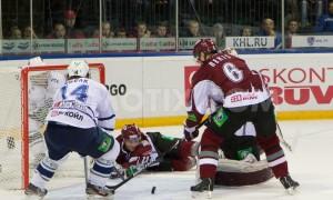 Рижское «Динамо» бьет одноклубников из Москвы