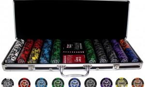Для покера нужны определенные аксессуары